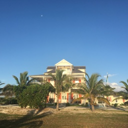 The Sandpiper Inn